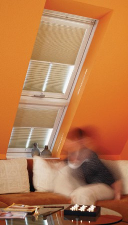 zusatzgesch ft mit plissees malerblatt online. Black Bedroom Furniture Sets. Home Design Ideas