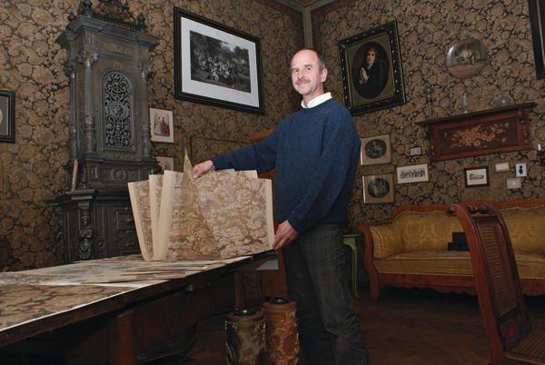 Historische Tapeten Restaurierung : Der Tradition verpflichtet Malerblatt Online