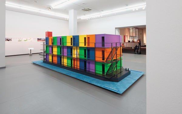 container architektur die malerwerkstatt der d sseldorfer ausstellungshalle setzt auf qualit ts. Black Bedroom Furniture Sets. Home Design Ideas