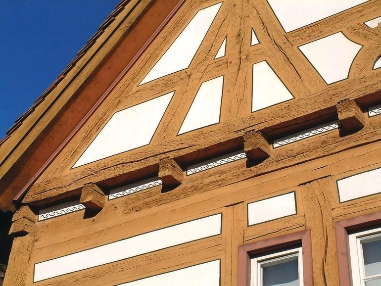 Fassadenlook malerblatt online for Fachwerk bildung