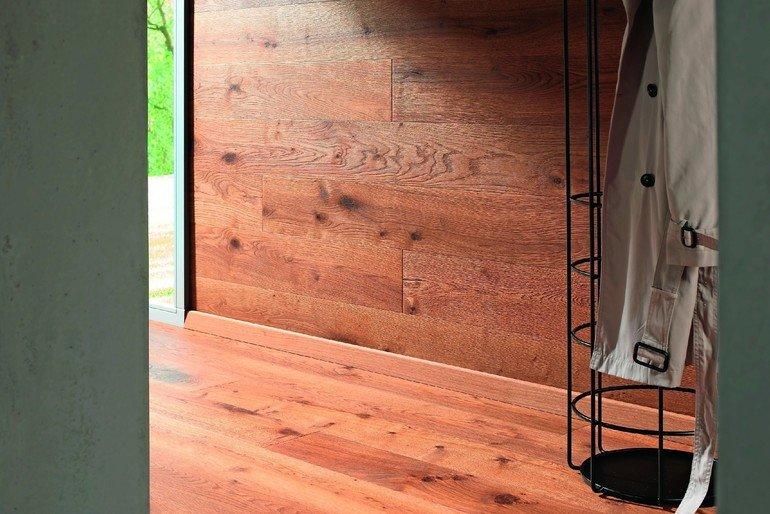 parkett als tapete holz an der wand malerblatt online. Black Bedroom Furniture Sets. Home Design Ideas