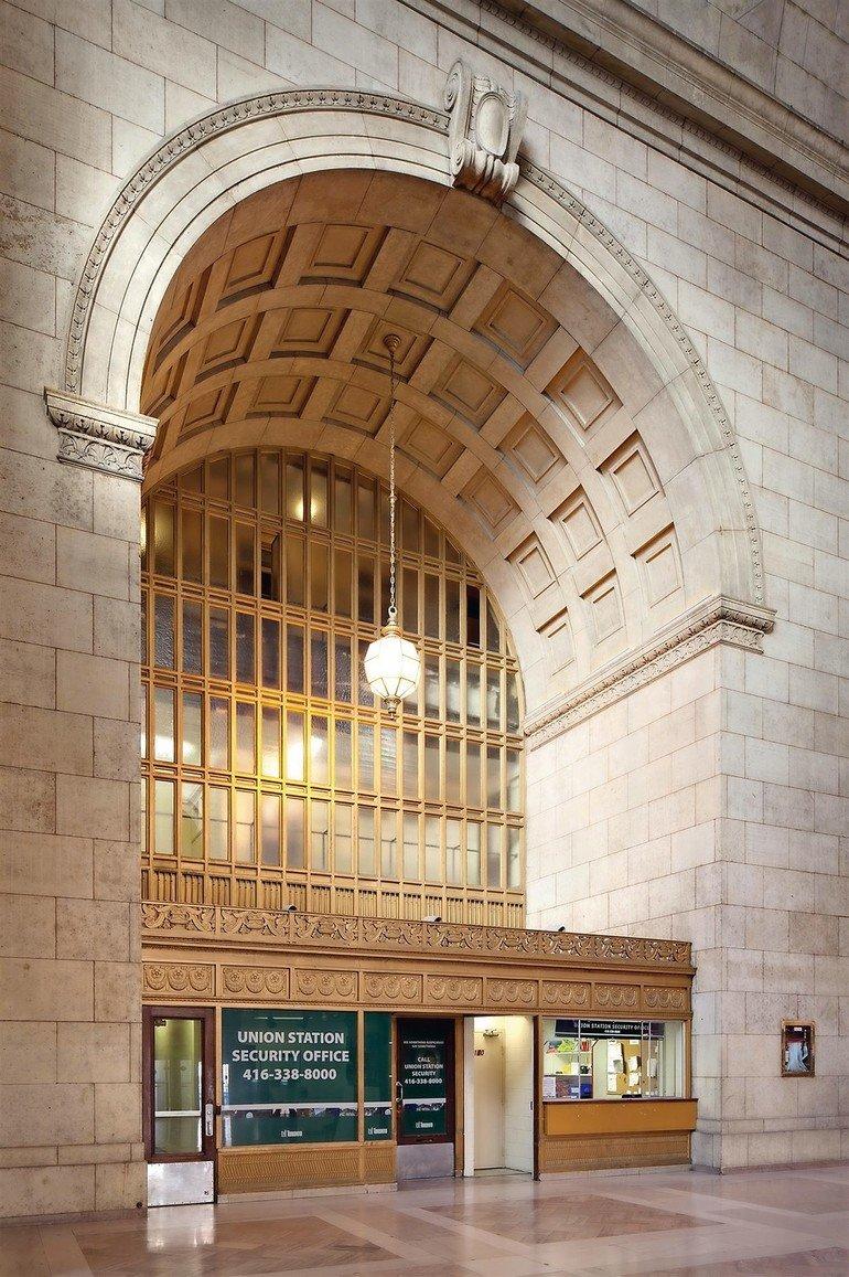 4_-_2_Union_Station_Toronto_Kanada_-_Kopie.jpg