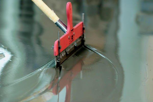 Fußboden Spachteln ~ Fußboden sanierung: neuer belag für alten boden