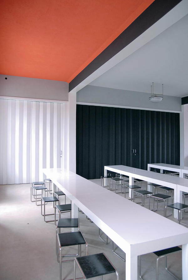 Kalkfarbe Bauhaus frischer veteran malerblatt