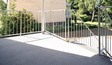 kreative gestaltungen balkon und terrassenbeschichtungen schaffen dekorative fl chen im. Black Bedroom Furniture Sets. Home Design Ideas