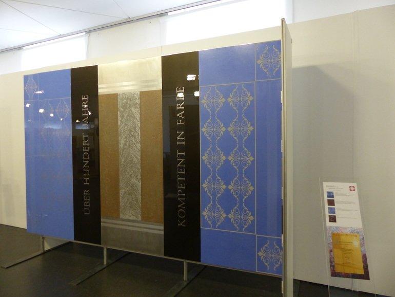 Waldemar Reifegerte Hat Ausstellungsflächen Für Einen Farbladen Entwickelt.  Foto: Susanne Wierse