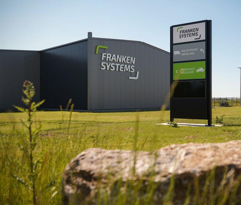 FRANKEN_SYSTEMS_Firmenzentrale_3.jpg