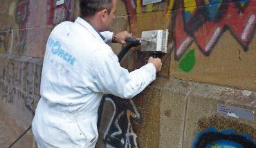 Graffiti-Entfernung_(2).jpg